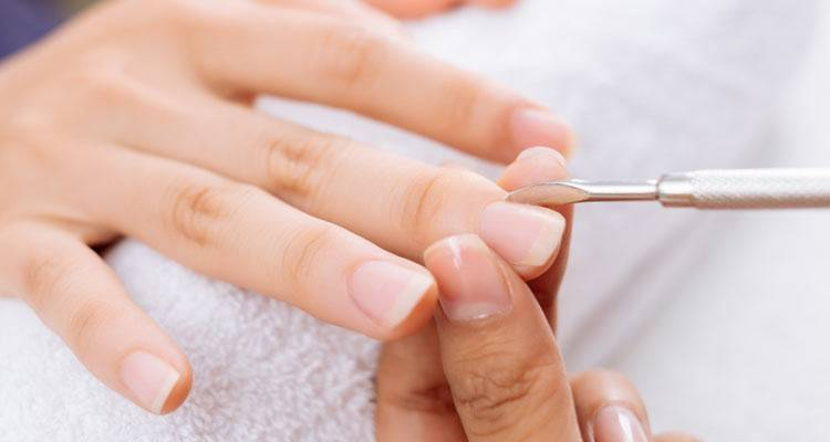 remove solar nail